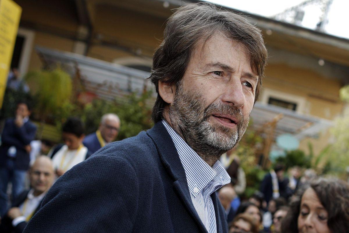 Franceschini, il ministro delle trame pronto a tradire tutti per il potere