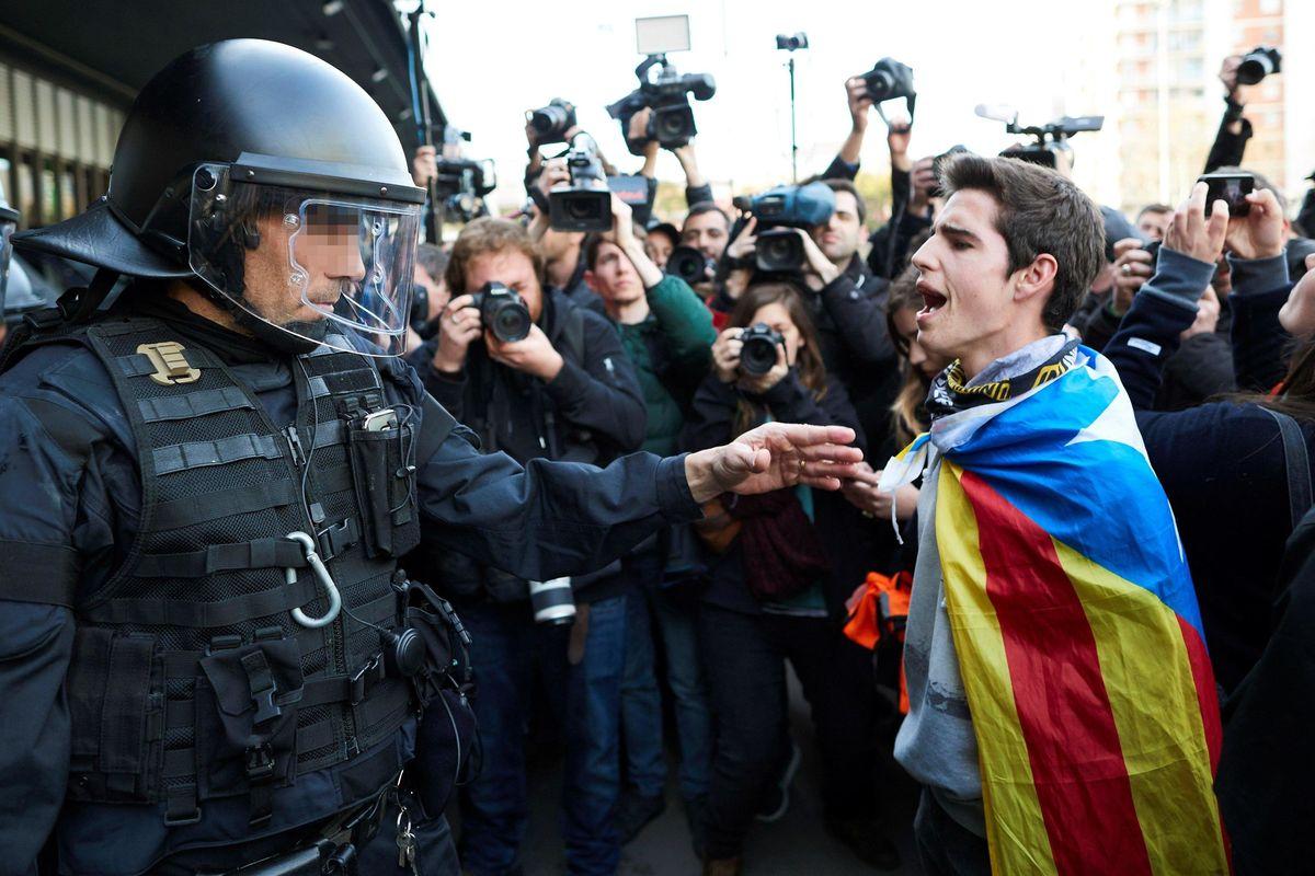 Nella Catalogna degli indipendentisti chi parla spagnolo è come uno straniero