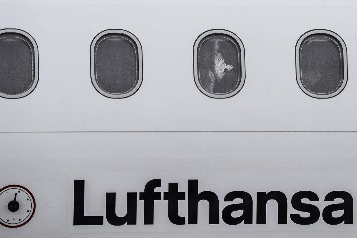Pressioni di Lufthansa su Alitalia: «Se c'è lo Stato non investiamo»