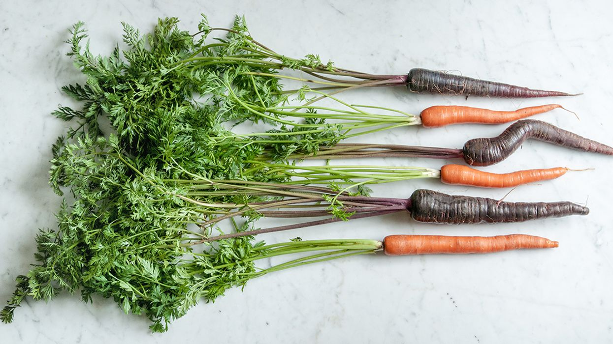 Are Purple Carrots Healthier? Nutrition, Benefits and Uses