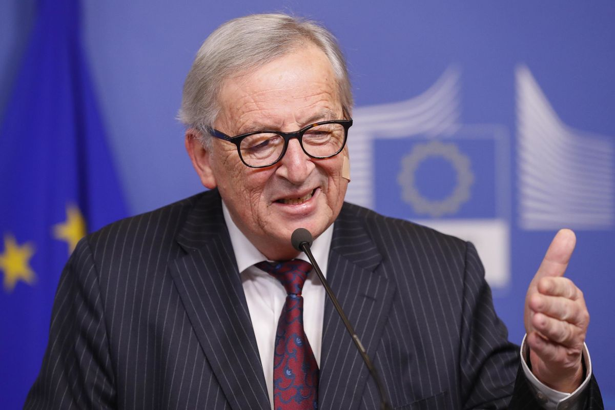 Follia Ue: ai paladini dell'austerità 30.000 euro al mese (più benefit)