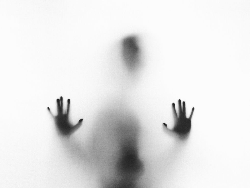 I Asked 8 People To Share Their Ghostly Encounters And It Actually Gave Me Goosebumps