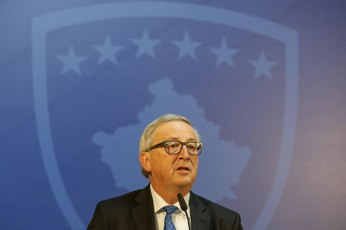 Juncker ha paura e prova a spaventare noi