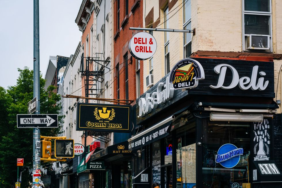 28 Urban Slang Terms Every New Yorker Knows