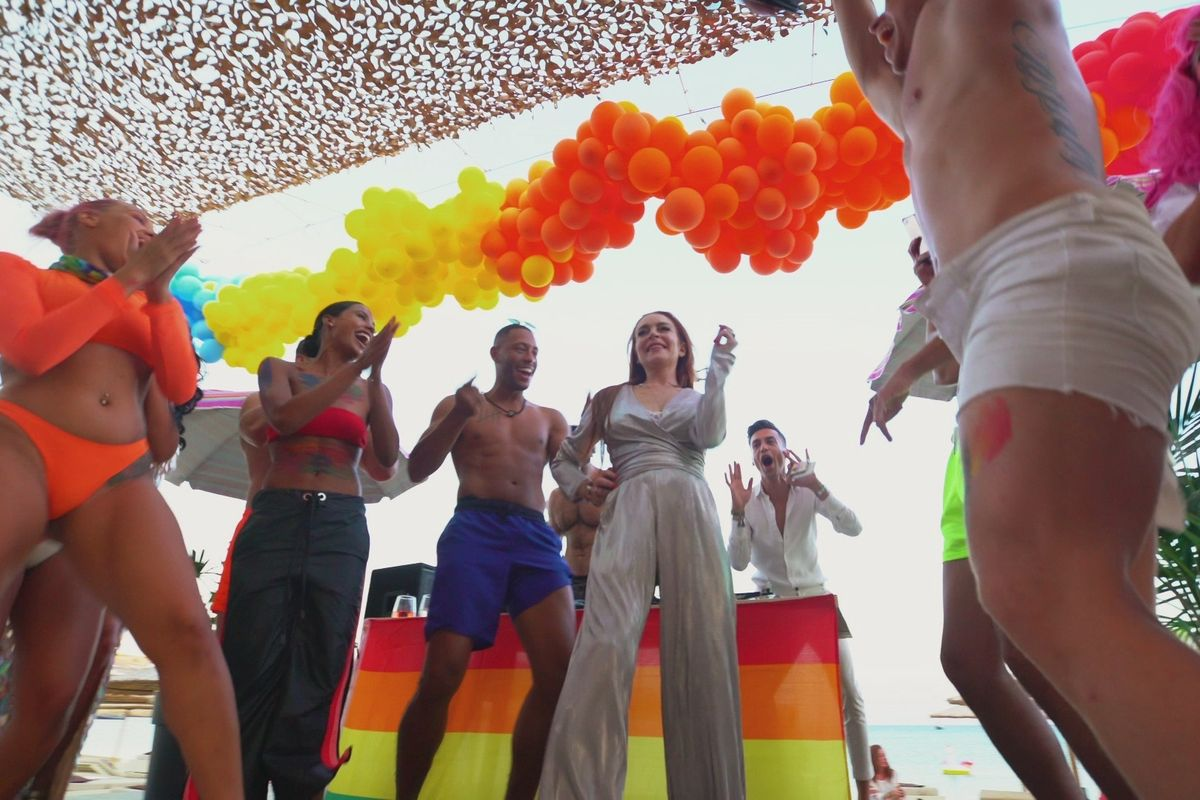 'Lohan's Beach Club' Episode Eight Recap: Hold Onto Your Wig
