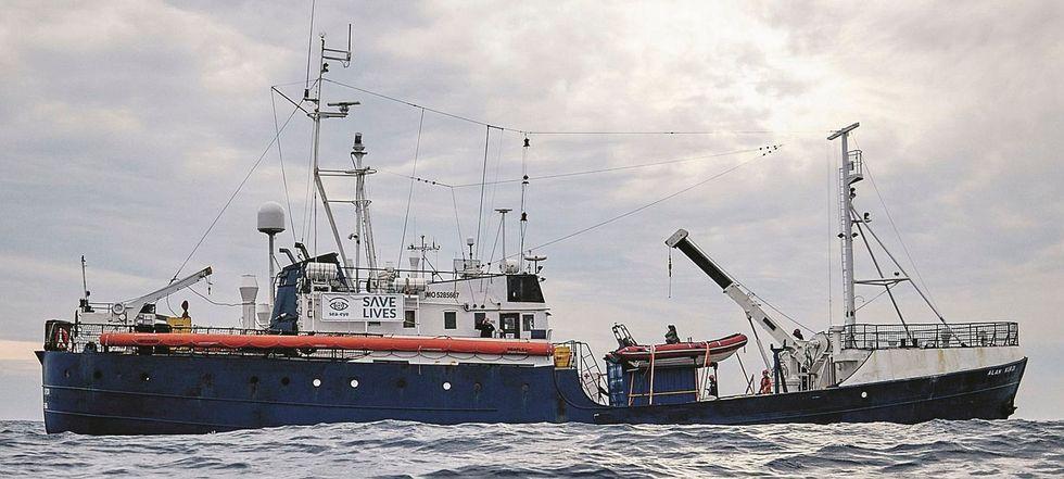 Sea Eye ora scopre che esiste Malta. E Mediterranea denuncia il governo
