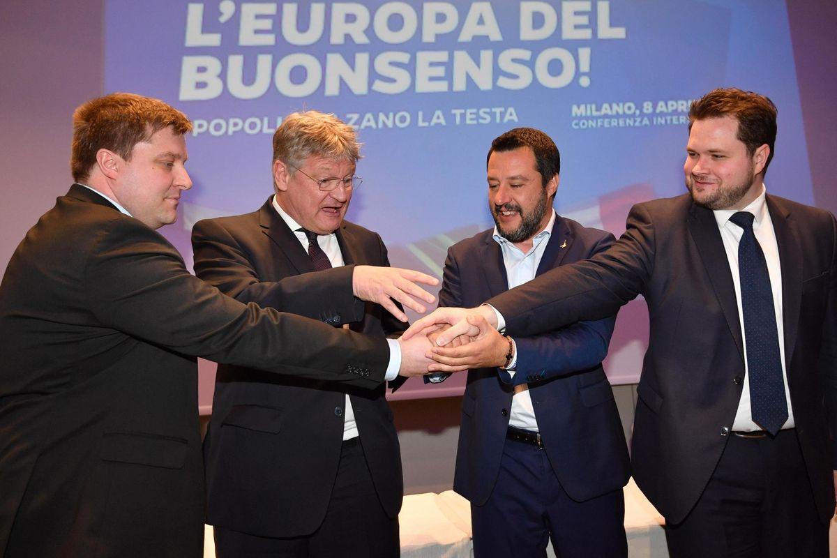 Salvini e l'internazionale sovranista: «Con questi ribalteremo l'Europa»