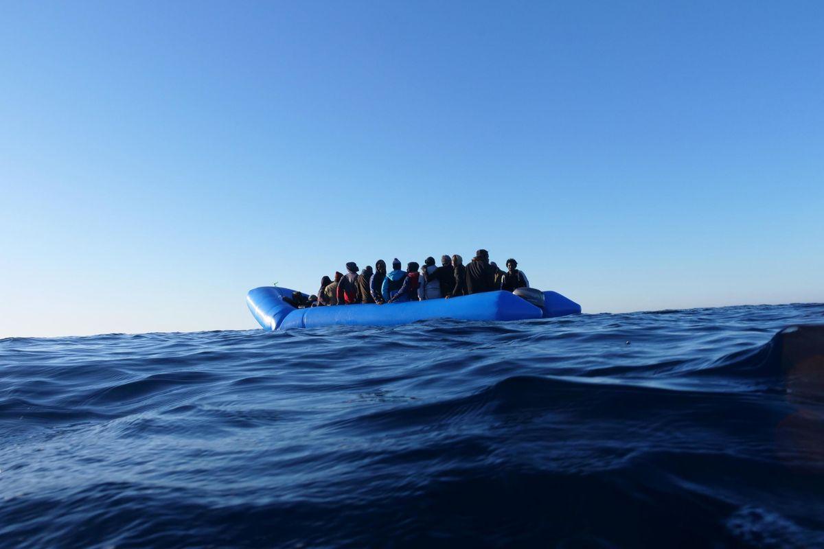 C'è un network con base inglese che fa arrivare i migranti in yacht
