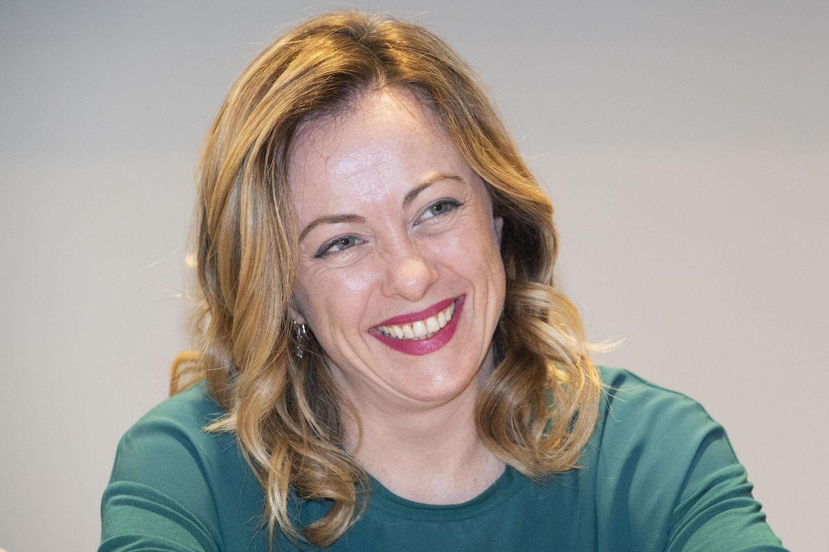 «In Europa per cambiare tutto». Giorgia Meloni apre la campagna elettorale a Torino