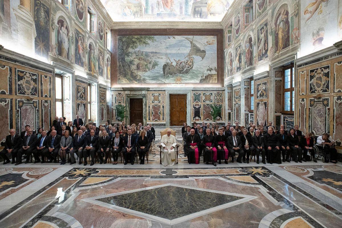 Ratzinger fa paura. Imbarazzato silenzio di giornaloni e stampa cattolica