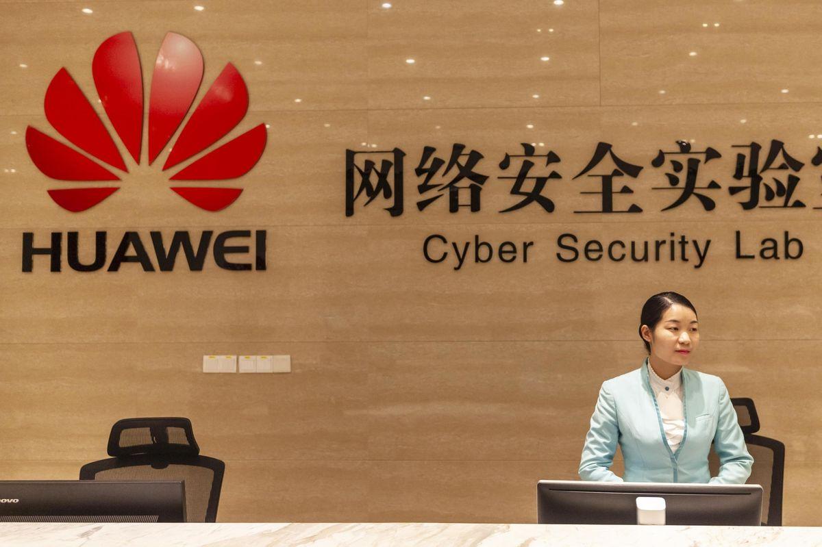 Huawei cambia strategia sul 5G: allearsi con Apple per fare la pace