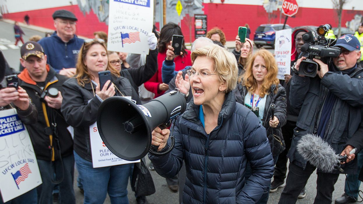 'This Is a Big Deal': Warren Vows to Ban New Leases for Fossil Fuel Drilling Offshore and on Public Lands