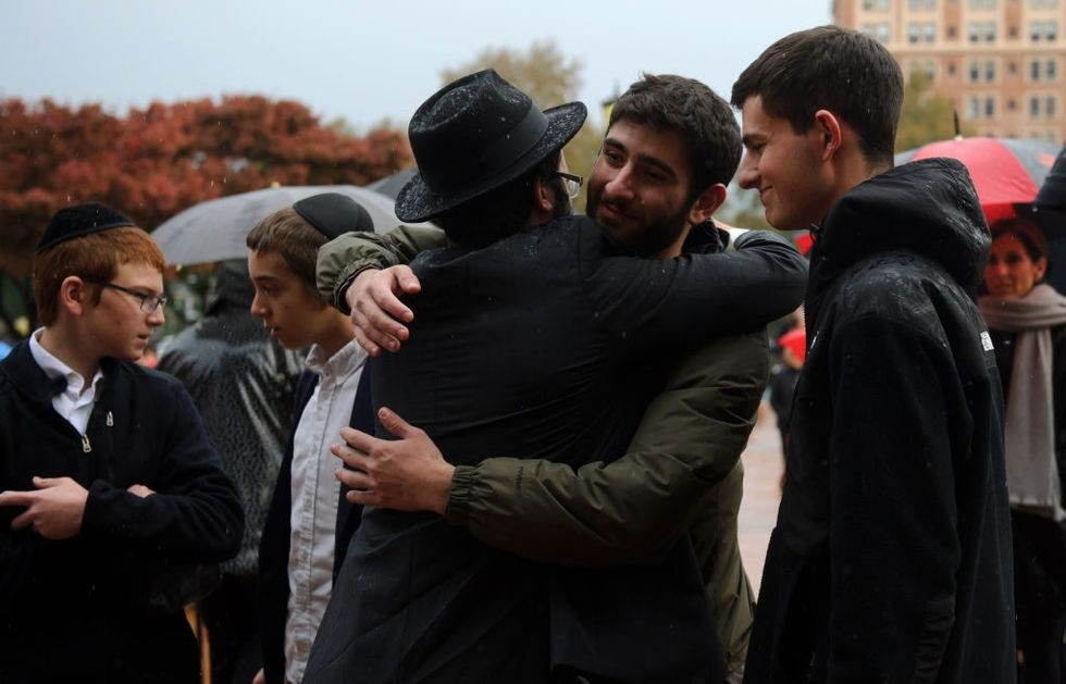 Muslim groups are rushing to support the Jewish victims of the Pittsburgh synagogue shooting.