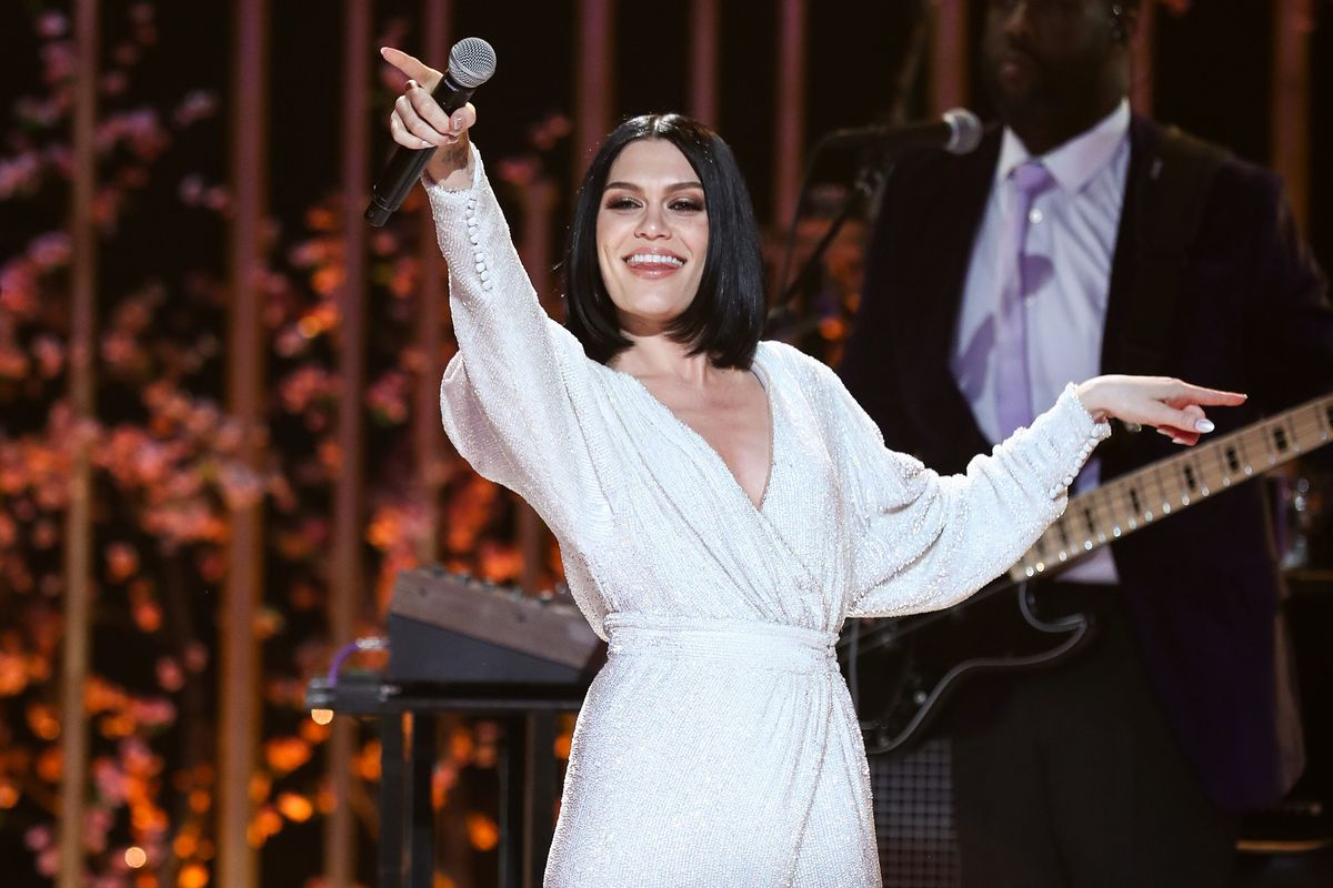 Jessie J Shouts Out Her Cellulite in a New Post