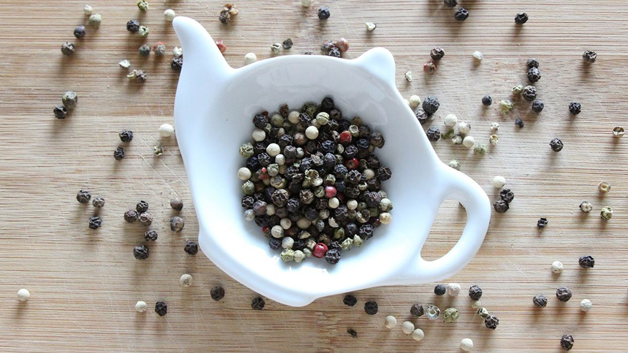 11 Science-Backed Health Benefits of Black Pepper