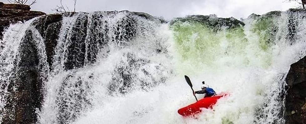 5 Things Whitewater Kayaking Will Teach You