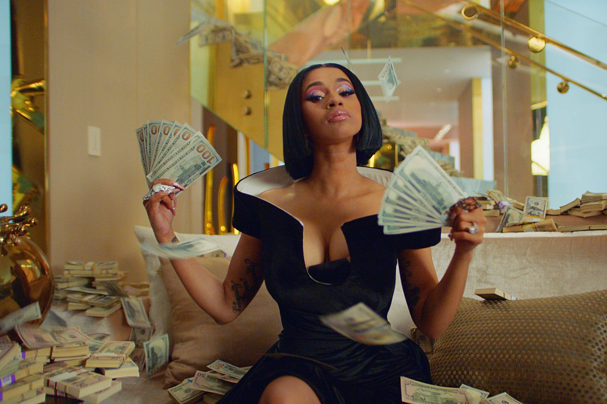 Cardi B Fans Herself With Cash for Las Vegas