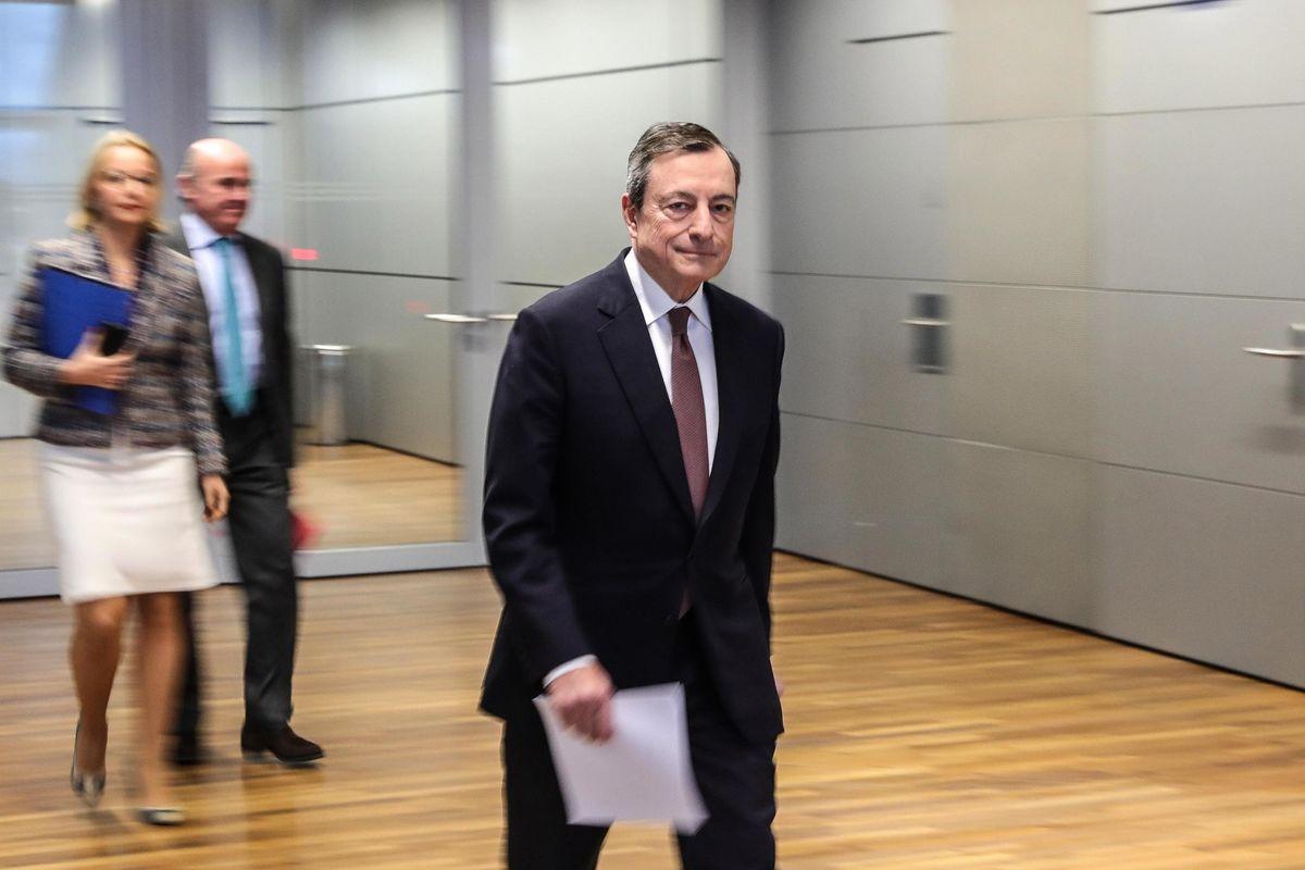 Draghi aiuta la Lega: «L'oro è vostro ma lo gestisco io»