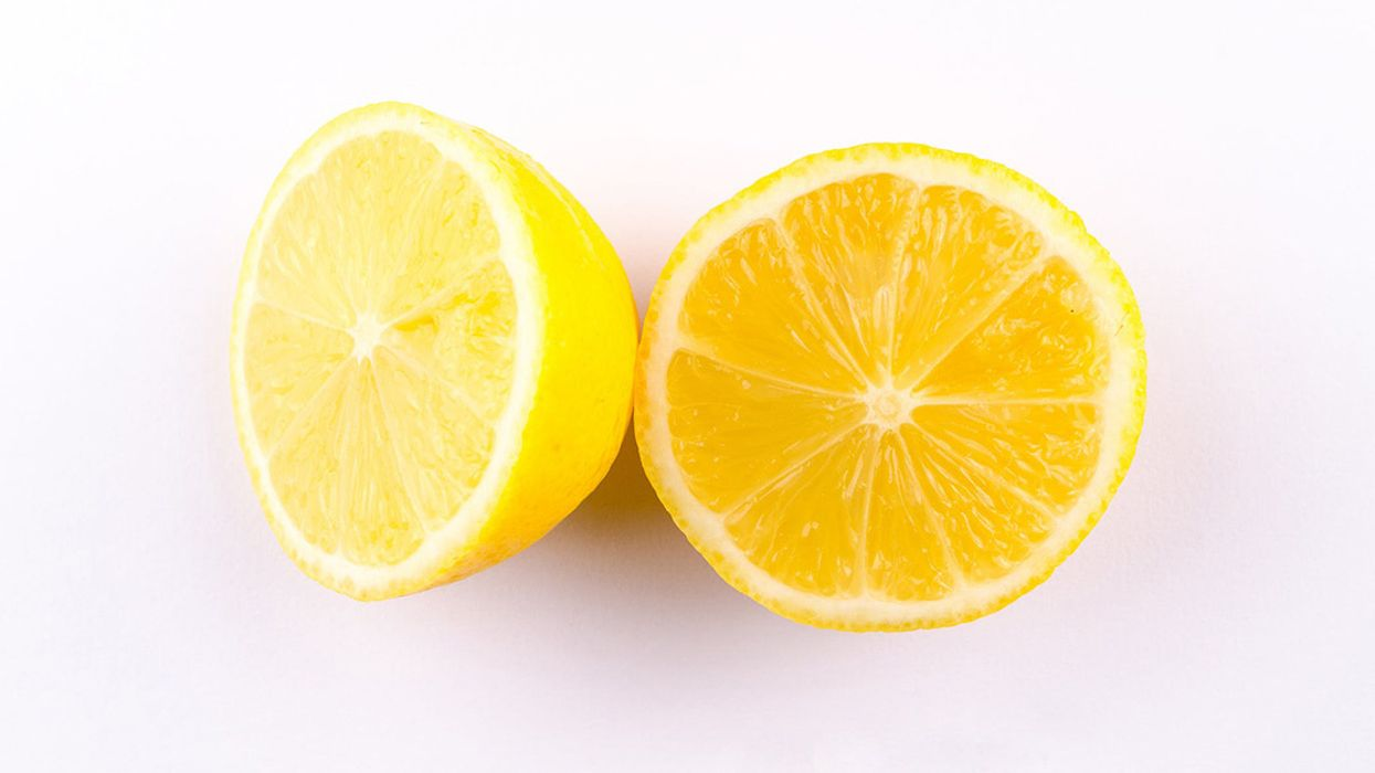 6 Evidence-Based Health Benefits of Lemons