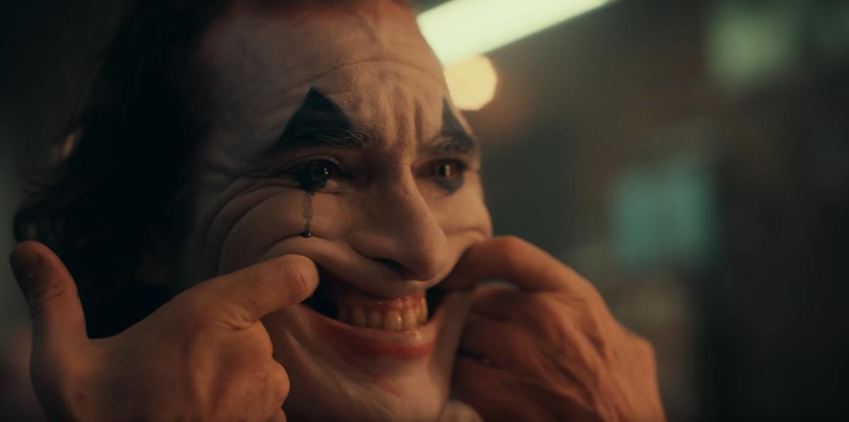 Joaquin Phoenix Plays a Terrifying Joker