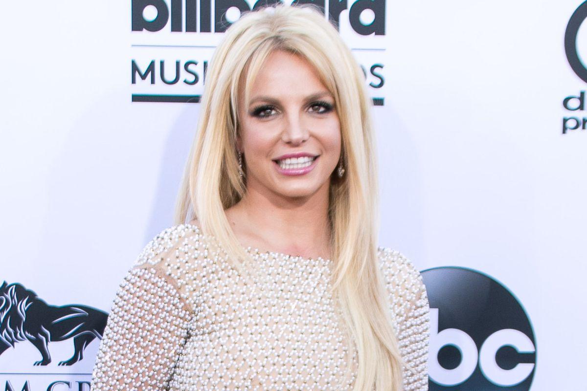 Britney Spears Reportedly Checks Into a Mental Health Facility