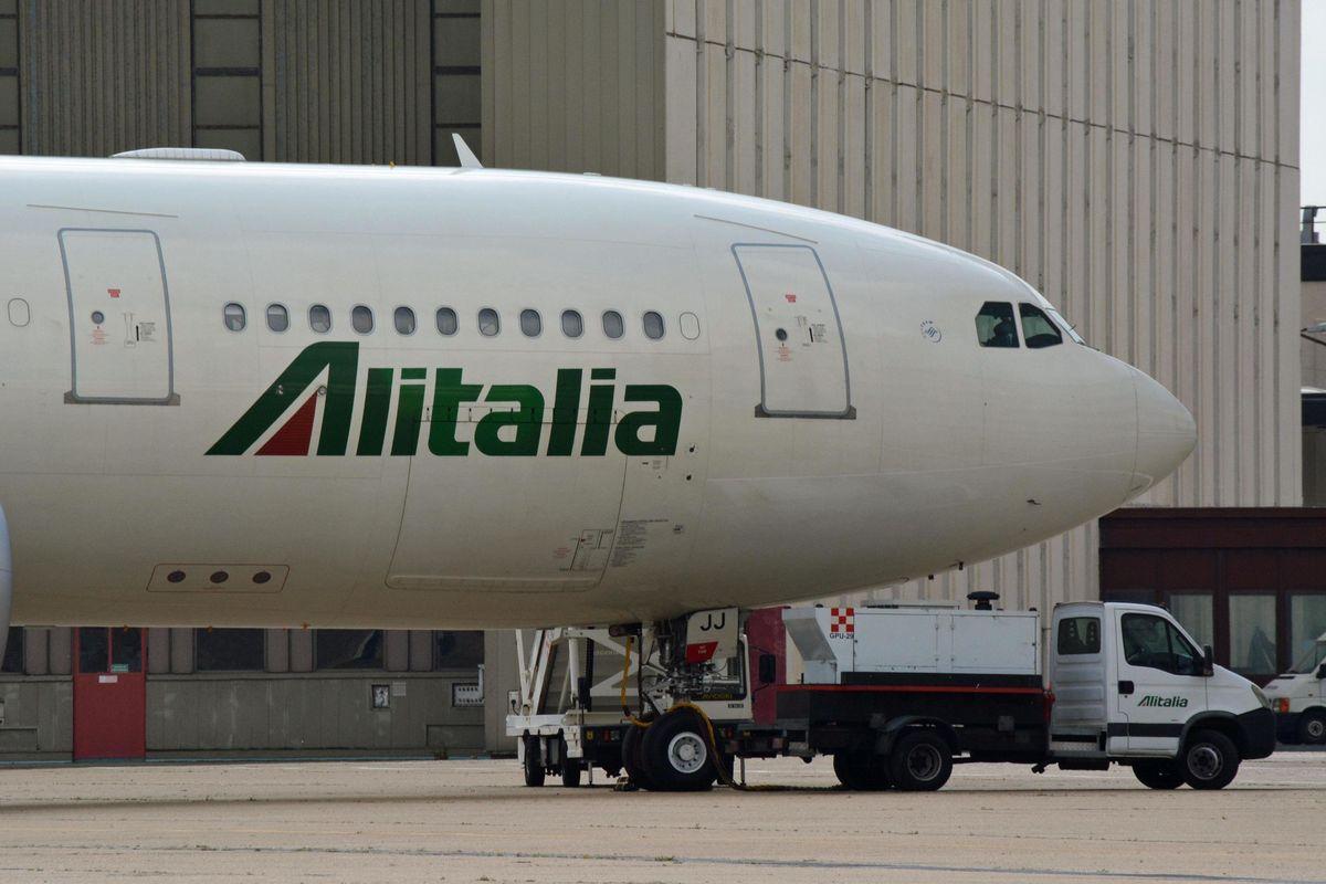 Nemmeno Atlantia vuole Alitalia. Il governo punta a scavallare il voto