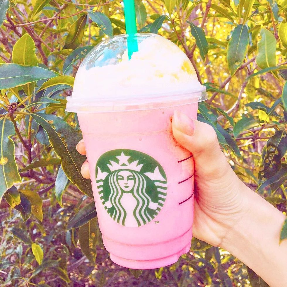 10 Non-Coffee Starbucks Drinks You Need In Your Life