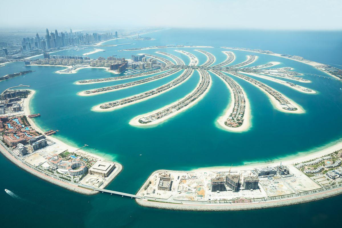 Fuga dagli Emirati. Ingegneri italiani ritornano soppiantati dai colleghi asiatici