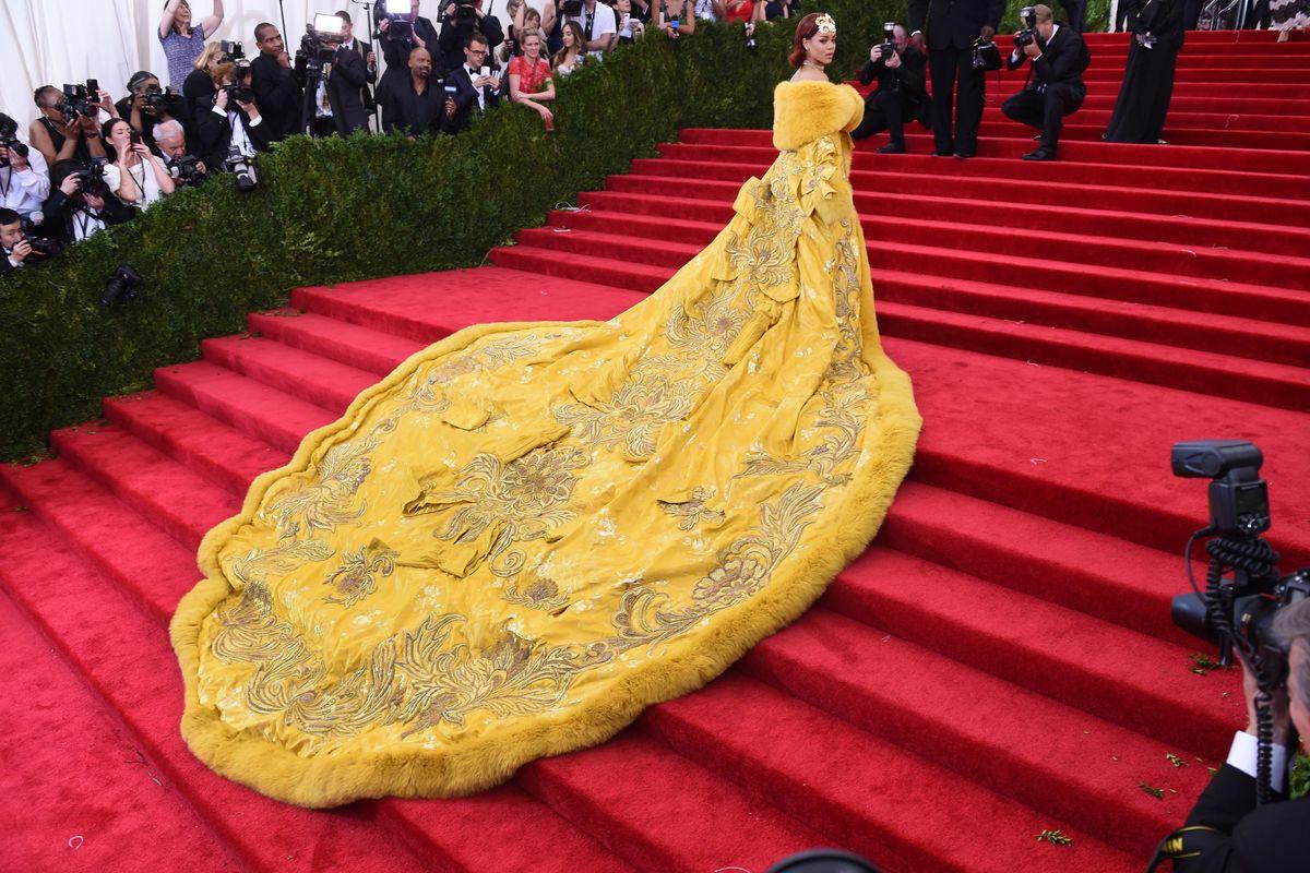 Is Rihanna Bored of the Met Gala?
