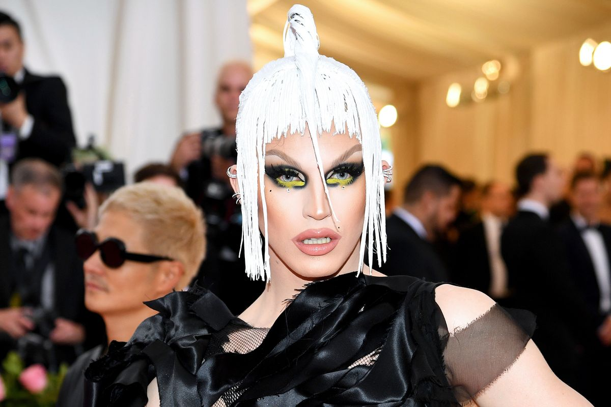 Aquaria: The First Drag Queen to Walk Met Gala's Red Carpet