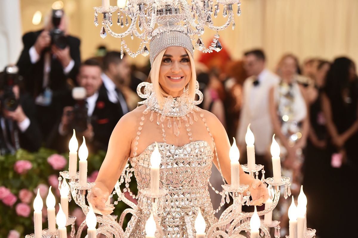 Katy Perry Lights Up the Met Gala Red Carpet