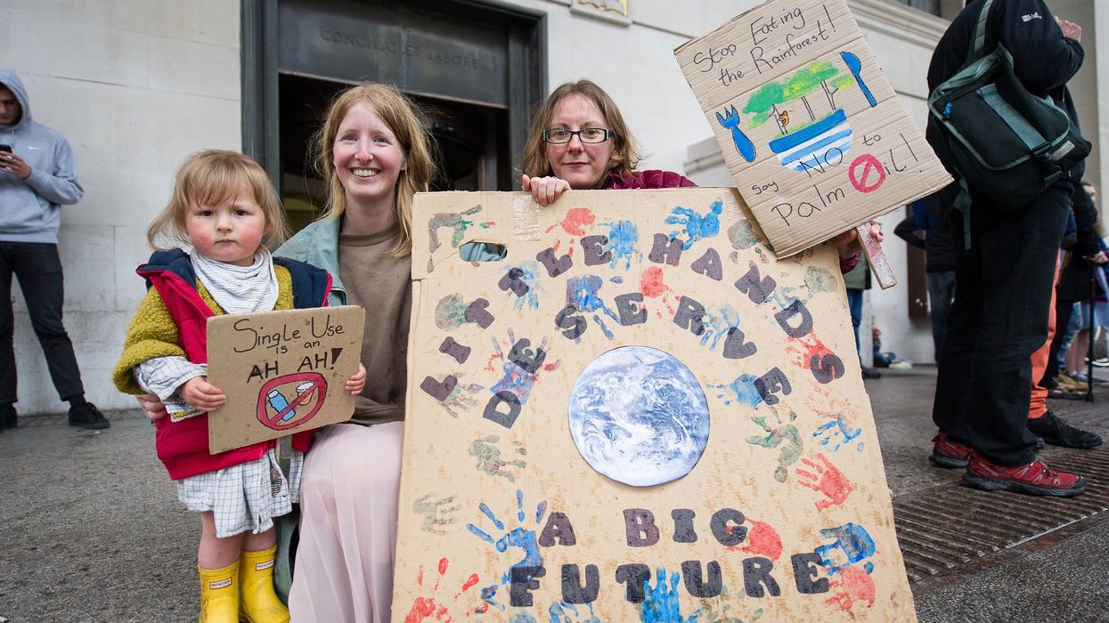 Study: Educating Children on Climate Change Teaches Parents Too