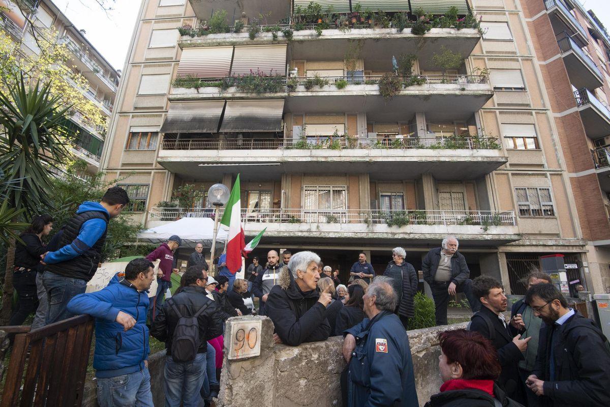Alla sinistra non far sapere che ci sono rom nel quartiere