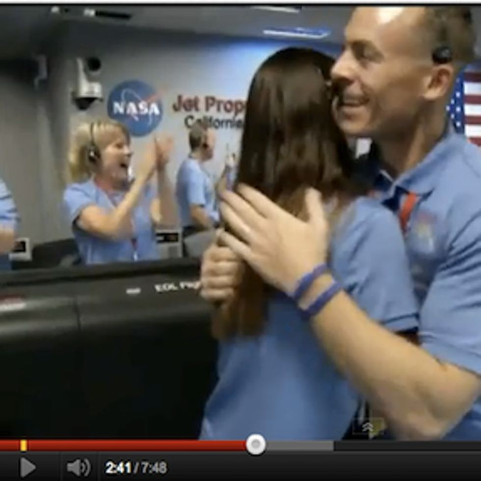 Footage Of NASA'S Control Room Going CRAZY As Curiosity Lands On Mars