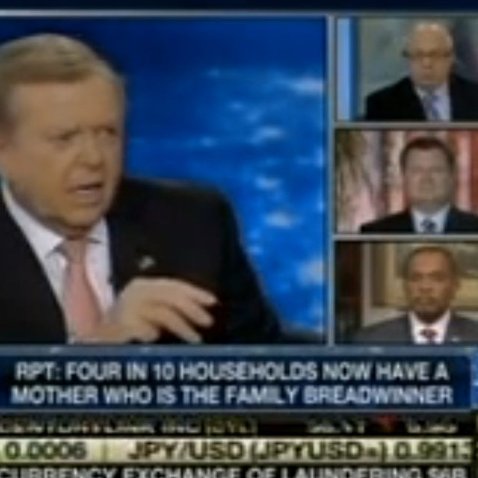 If You Think Only Women Get Hysterical Over Nothing, You Haven't Seen These 4 Dudes On Fox News Yet