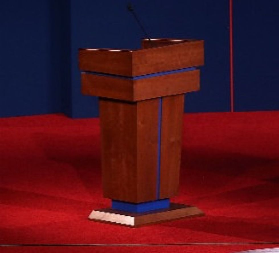 LIVE: The Best Live-Tweeting Of The First Presidential Debate Of 2012