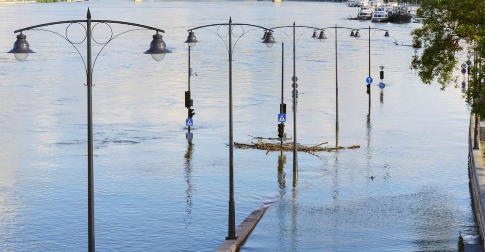 Which Cities Will Be Completely Underwater In Less Than 100 Years?