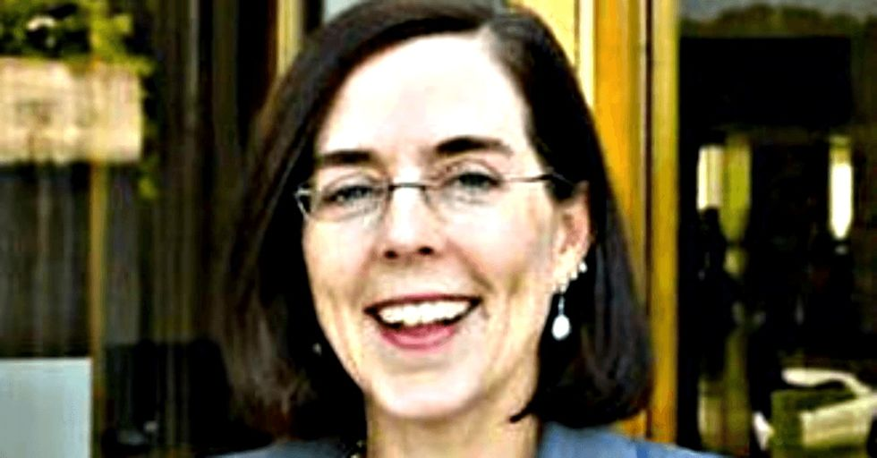 Oregon's governor just did a thing that could change everything for voters if other states copy it.