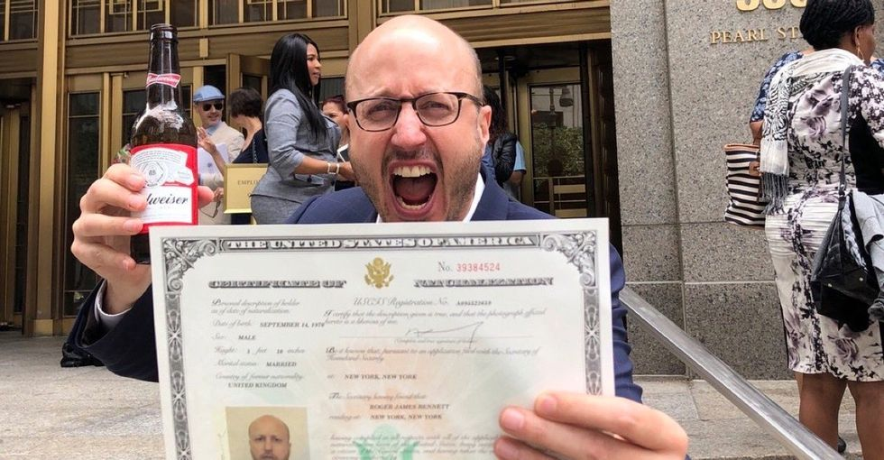 This viral set of tweets about becoming a U.S. citizen will bring a smile to your face.