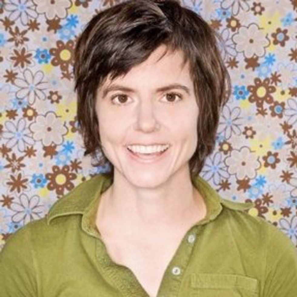Tig Notaro had 4 of the worst months of her life and I can't stop laughing about it.