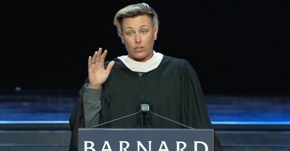 Abby Wambach's 4 rules for success brought this graduating class to its feet.