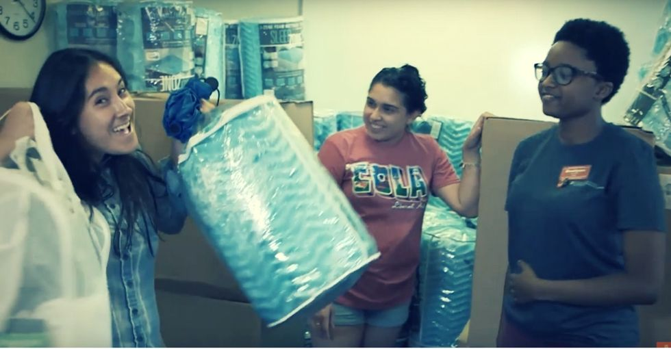 Some college students can't afford dorm room basics. These moms are stepping up to help.