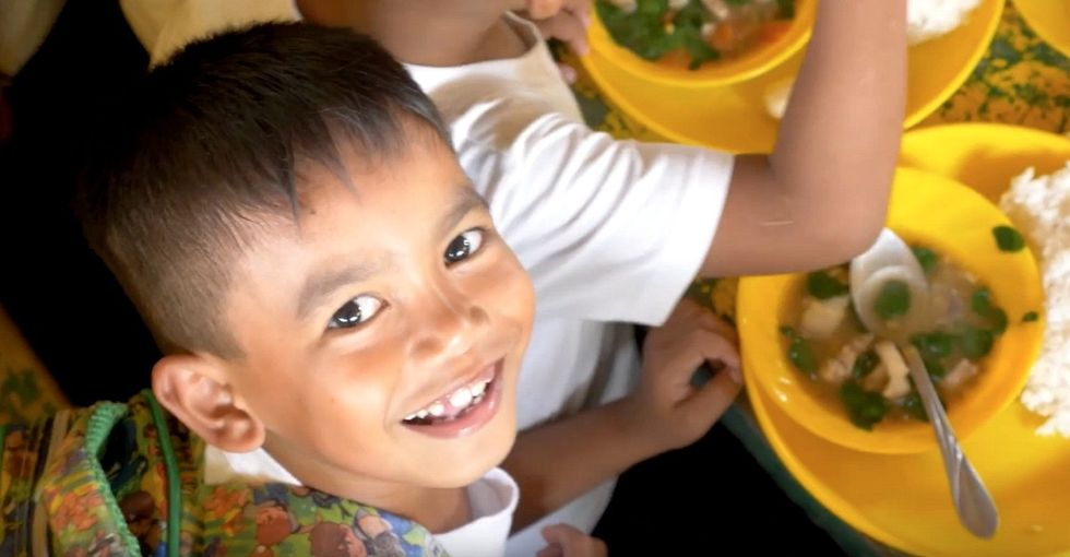The simple way you can help stop child hunger and give kids a chance to succeed.
