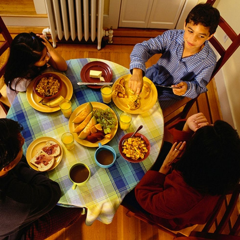 How Do 1 In Every 8 Americans Pay For Dinner?