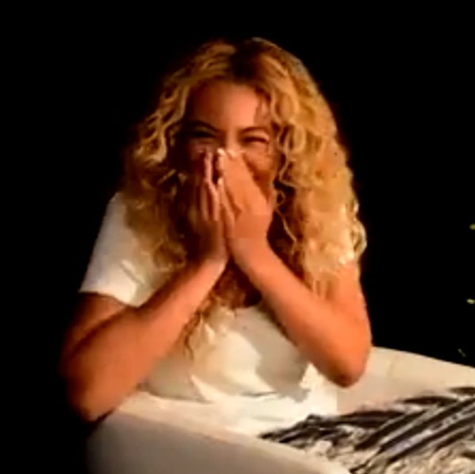 Beyoncé Makes Her Interviewer Uncomfortable In The Best Way. He Handles It Like A Champ.