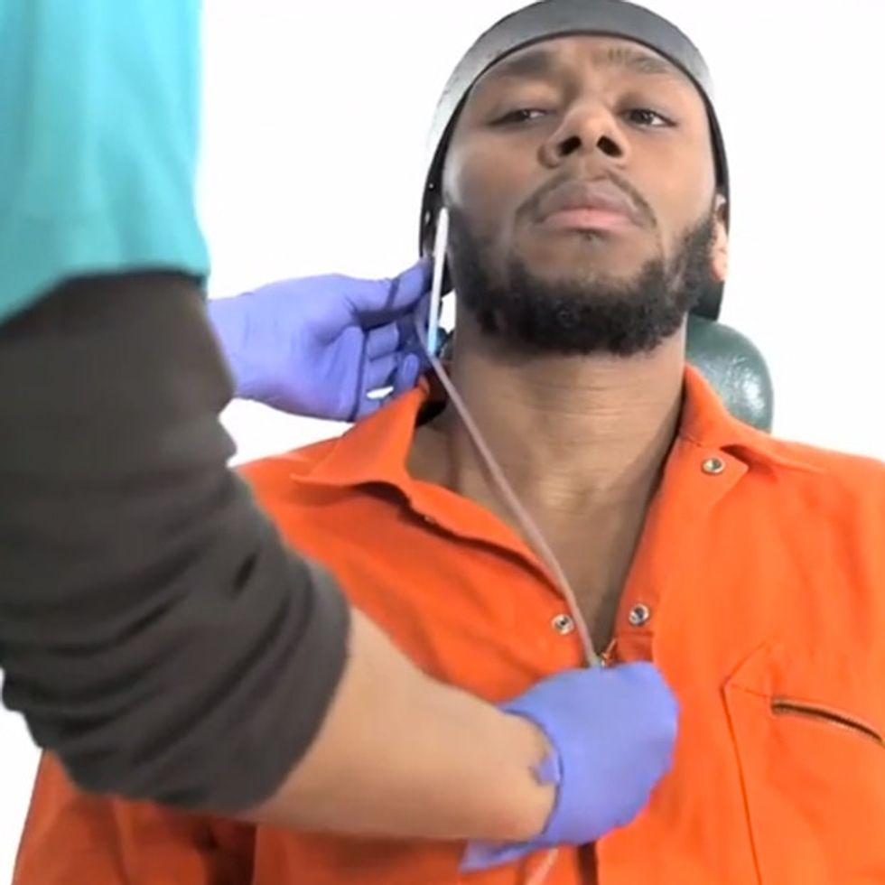 This Man Does One Of The Bravest Things For Human Rights, And Submits Himself To Torture