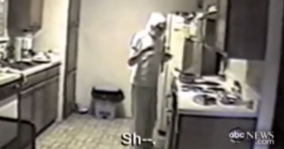 He was fed up with his mom, so he tried an experiment. After it ended, he started sobbing.