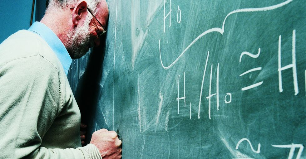 A Teacher Tries To Avoid Drama, But A Jerky Question Sets Him Off