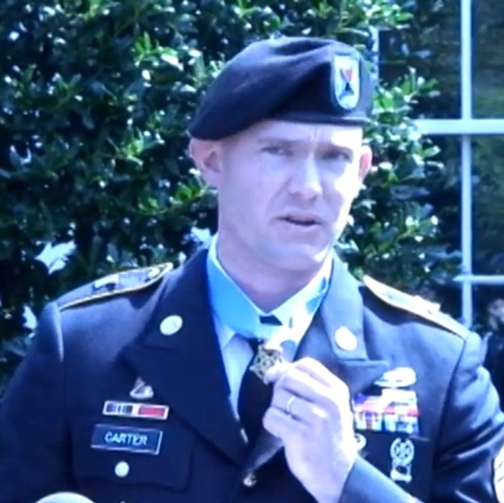 They Gave Him A Medal For His Service And Asked Him To Give A Speech. One Thank-You Is Unexpected.