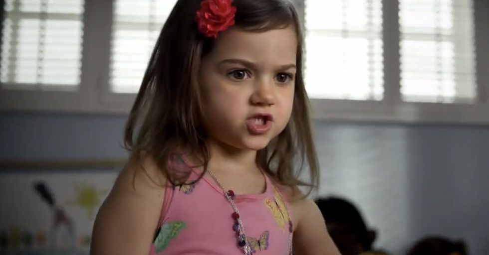 All It Takes Is 30 Seconds For This 6-Year-Old To Go From Adorable Child To Psychopathic Hit Girl